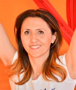Rosi Padalino insegnante Yogando