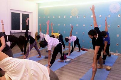 Corso Yoga Iyengar Yogando