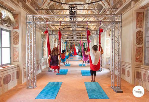 Inaugurazione Castello di Parella Ivrea con Yogando Antigravity